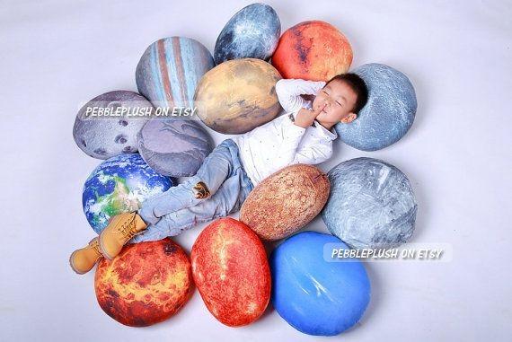 solar_system_pillow_6